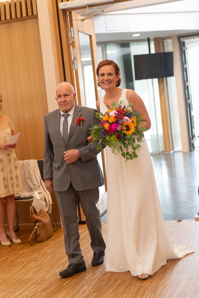 Wedding in the Norwegian summer